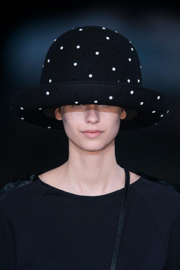 022114emporio-armani-details-autumn-fall-winter-2014-mfw11