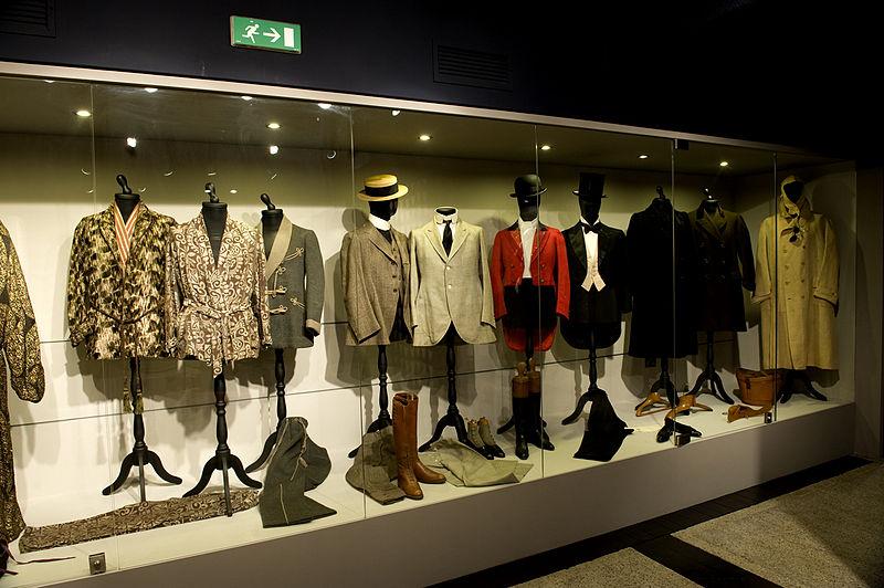 Gli abiti di d'Annunzio nell'allestimento del nuovo museo D'Annunzio Segreto al Vittoriale