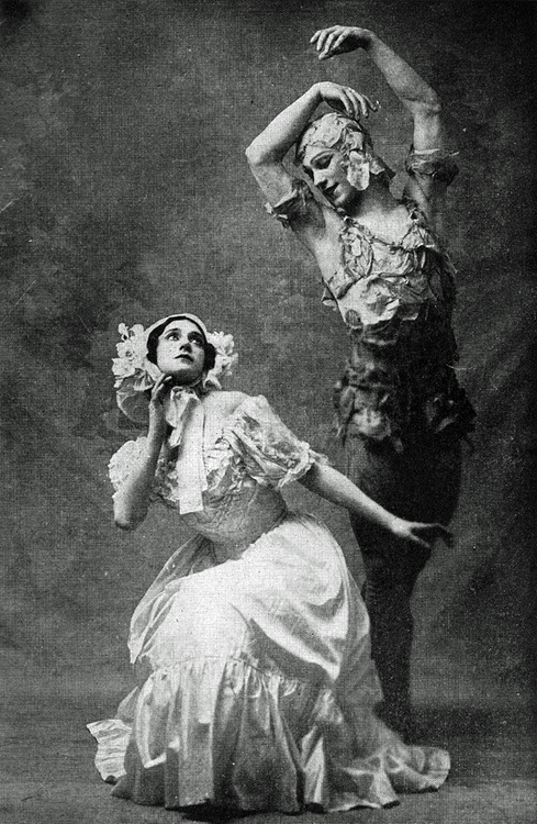 Le Spectre de la Rose - Tamara Platonovna Karsavina (1885-1978) and Vaslav Nijinsky (1890-1950) - Photograph from Nijinsky by Romola Nijinsky, His Wife - published in 1934