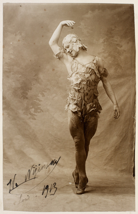Signed photograph of Vaslav Nijinsky in Le Spectre de la Rose by Bert, 1913