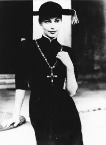 """Ava Gardner indossa l'abito """"Pretino"""", Sorelle Fontana, 1955. Foto Archivio-Storico-Fondazione Micol Fontana, Roma"""