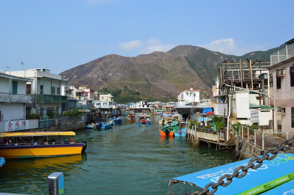 Isola di Lantau - L'isola dei pescatori che vivono nelle palafitte